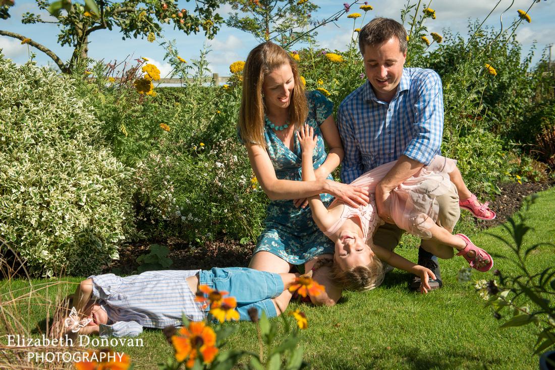 Elizabeth Donovan Photography; Swindon; Wiltshire; family portrait; portrait session;