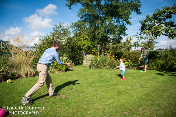Elizabeth Donovan Photography; Swindon; Wiltshire; family portrait; portrait session;